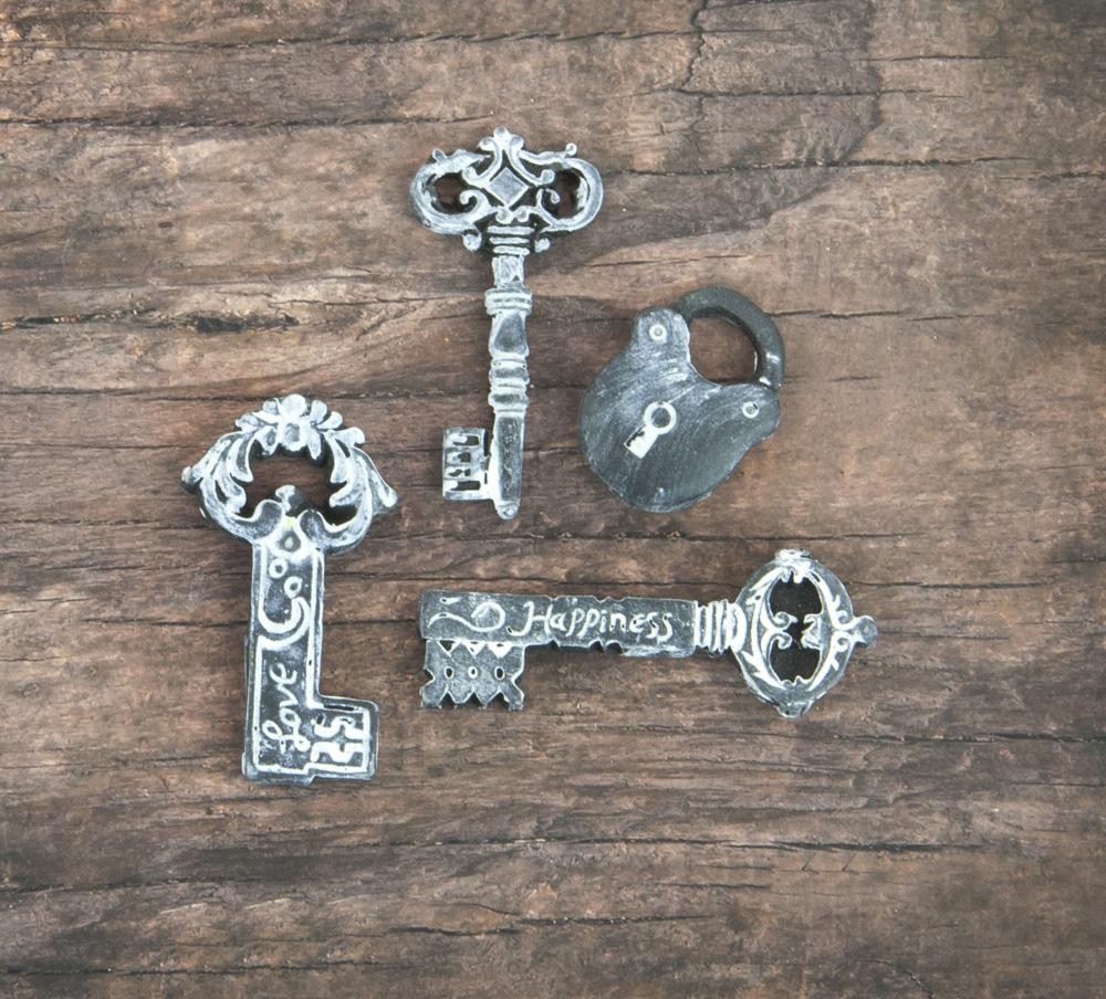 Resin In Wood Box - Keys - 15 pcs