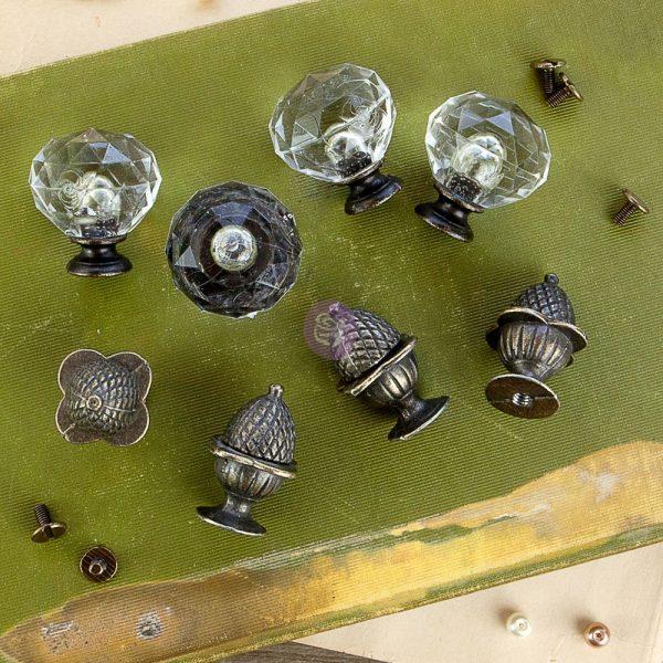 Memory Hardware - Orléans Antique Knobs (8 pcs)
